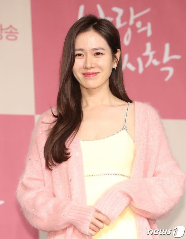 Phim Hollywood của Son Ye Jin đóng vai chính 'có biến': Tài tử Lee Sun Kyun rút vai, fan liền réo gọi Hyun Bin - 2