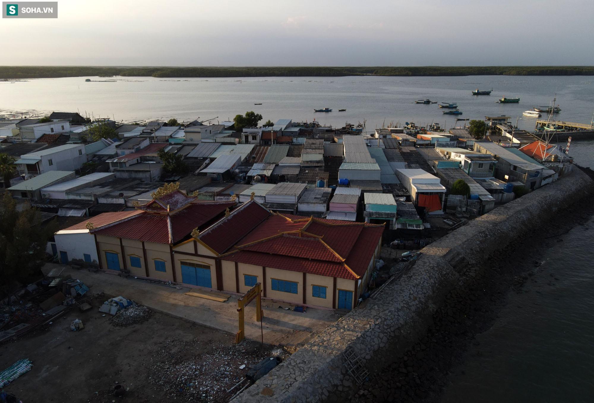 Nằm giữa biển Cần Giờ có một hòn đảo đẹp ngỡ ngàng, hoang sơ, rất ít người biết ở TP.HCM - 20