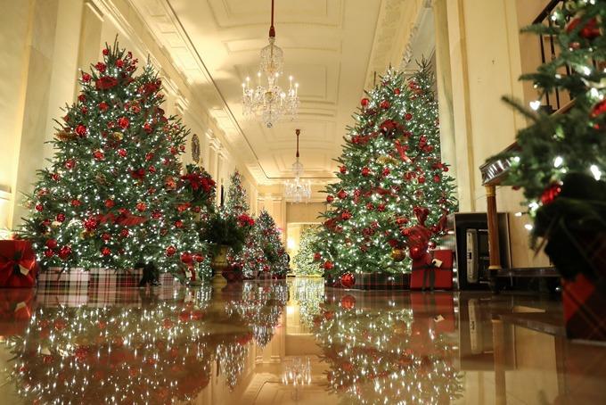 Bà Melania trang trí Giáng sinh ở Nhà Trắng - 3