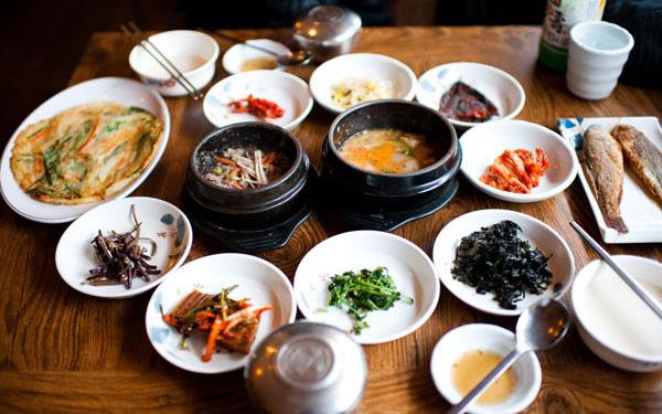 Ăn cơm mỗi ngày nhưng gái Hàn hiếm khi béo phì, lại còn trẻ hơn tuổi thật rất nhiều: Nhìn cách họ tiêu thụ gạo, chị em sẽ muốn học theo ngay - 2