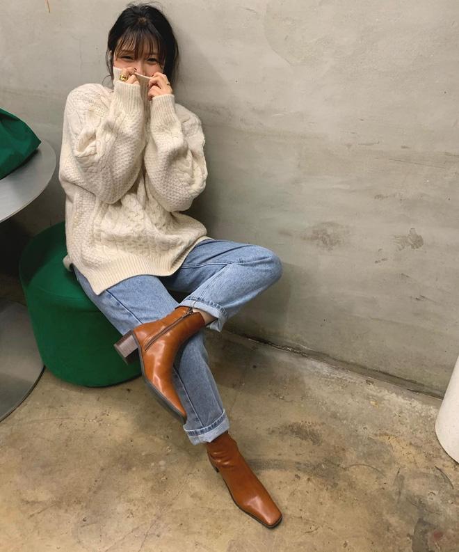 Học gái Hàn cách mix đồ đẹp đỉnh với áo len cổ lọ, lạnh đến mấy cũng sẽ thấy ấm mà vẫn thật trendy - 8