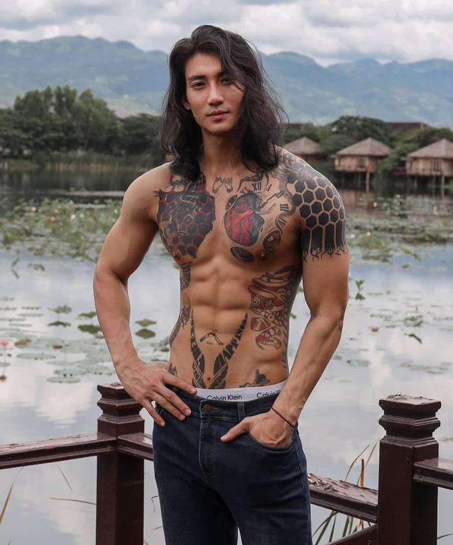'Profile cực xịn' của chàng mẫu 'thầy tu' người Myanmar: Con trai nhà tài phiệt, sở hữu body gợi cảm, từng công khai thả thính mỹ nhân 'Chiếc Lá Bay' Baifern Pimchanok - 4