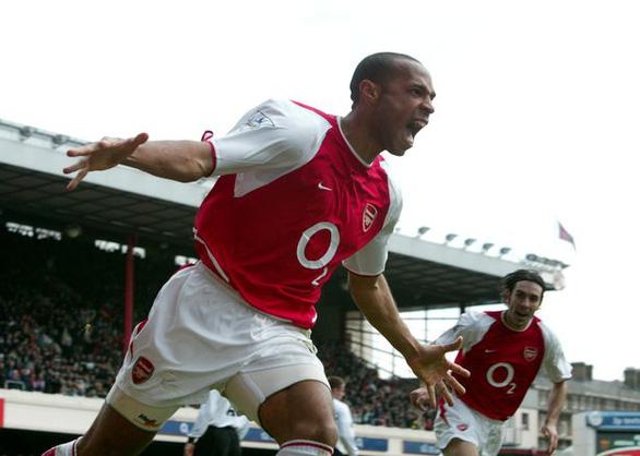 Thierry Henry bất ngờ từ chức HLV để trở lại London - 1