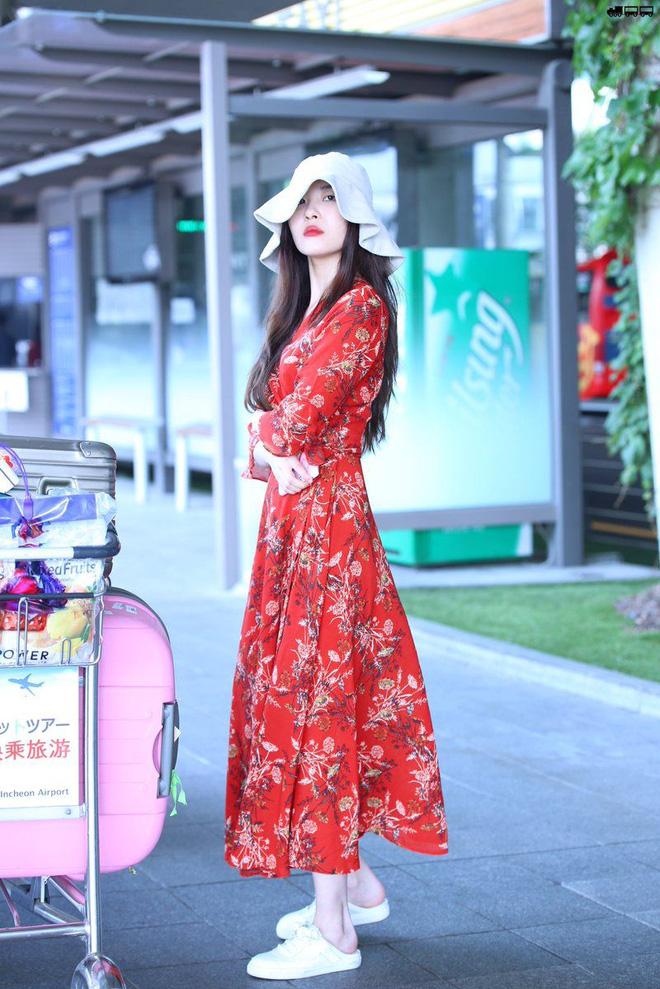 4 nữ idol mặc váy đẹp nhất Kpop gợi ý loạt công thức giúp nâng cấp style Xuân/Hè - 13