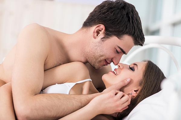 Điều gì xảy ra với cơ thể khi quan hệ tình dục? 4 nấc thang 'lên đỉnh' ai cũng trải qua - 2