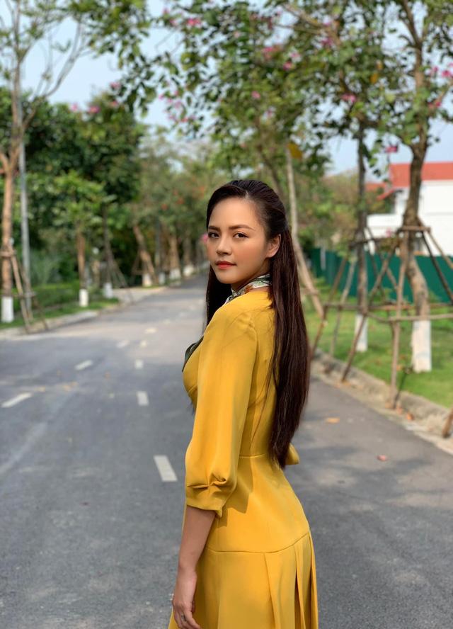 Hé lộ tạo hình sang chảnh của Thu Quỳnh trong phim mới - 7
