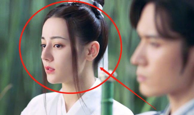 Trường Ca Hành chưa kết thúc mà Địch Lệ Nhiệt Ba đã đóng phim cổ trang mới, nam chính là Cung Tuấn? - 1
