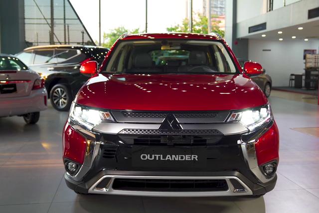 Bán chạy đột biến, Mitsubishi vẫn ồ ạt khuyến mại mọi dòng xe, quyết đuổi Kia về thị phần - 2