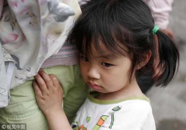 Chứng kiến mẹ ngủ với kẻ khác, con gái kinh tởm đến ám ảnh, án mạng đẫm máu nhiều năm sau bắt nguồn từ bi kịch gia đình tréo ngoe - 2
