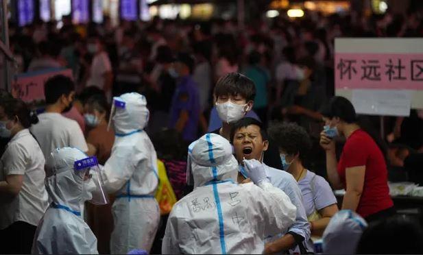 Bác sĩ Trung Quốc cảnh báo: Biến chủng Covid-19 Ấn Độ có triệu chứng khác biệt, nguy hiểm hơn
