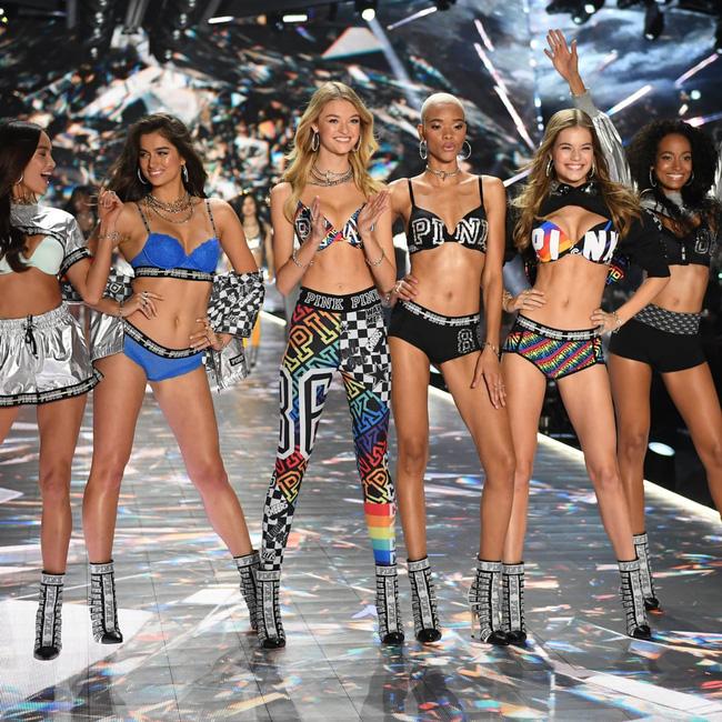 Victoria's Secret giờ sẽ không còn dàn thiên thần sở hữu body chuẩn đét từng milimet nữa! - 4