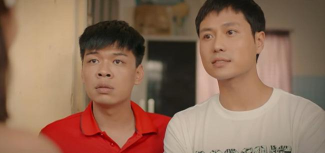 Phim thế sóng Mùa hoa tìm lại - '11 tháng 5 ngày' tung trailer chính thức, Thanh Sơn - Khả Ngân chạy trong mưa cực lãng mạn - 3