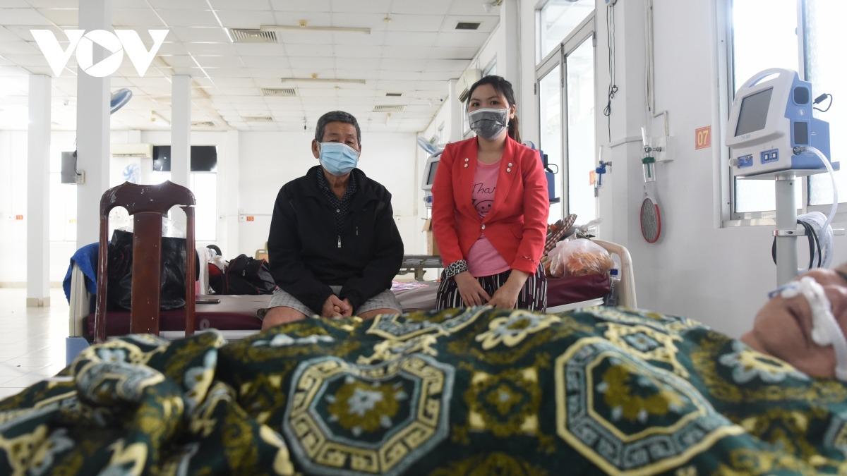 Kiên Giang: F1 vào viện chăm sóc F0, chấp nhận nguy cơ lây nhiễm - 6