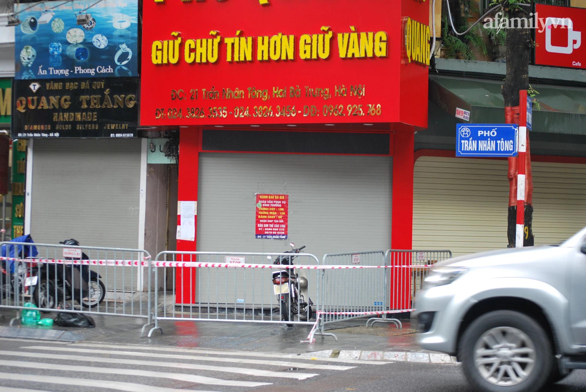Hà Nội: Một người đàn ông tại 'ổ dịch cũ' dương tính SARS-COV-2, tạm thời phong tỏa dãy phố kinh doanh vàng