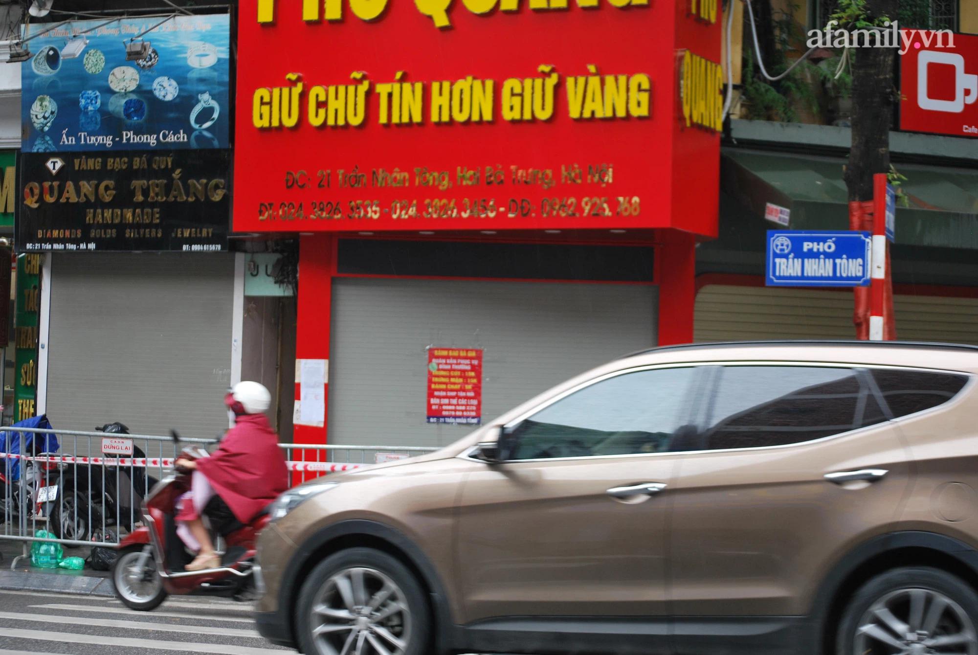 Hà Nội thông tin về trường hợp F0 tử vong trong tư thế treo cổ ở phố Trần Nhân Tông