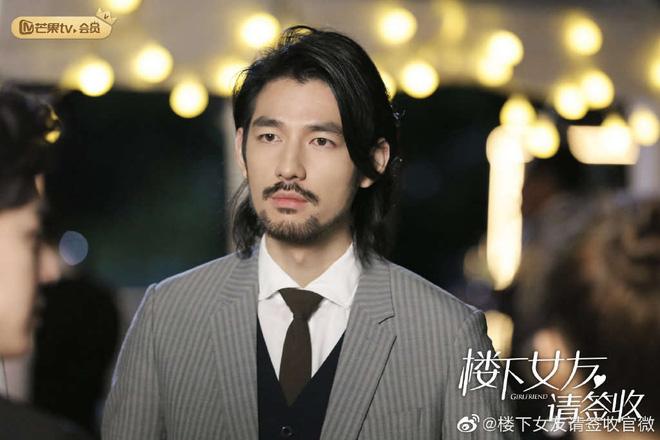 Trương Triết Hạn chính thức bị 'xóa mặt' khỏi bom tấn điện ảnh, thay bằng mỹ nam 'vô danh' đẹp ăn đứt bản gốc - 2