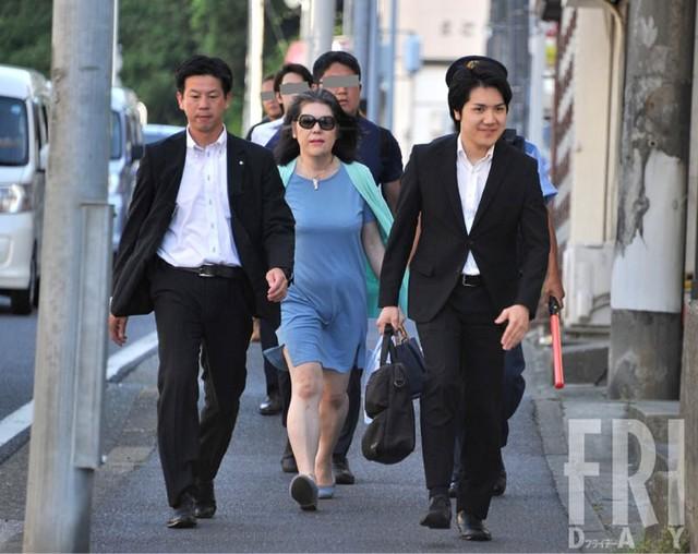 Bê bối liên tiếp bủa vây vị hôn phu của Công chúa Nhật Bản, hé lộ chân dung người mẹ chồng bị dư luận lên án - 3