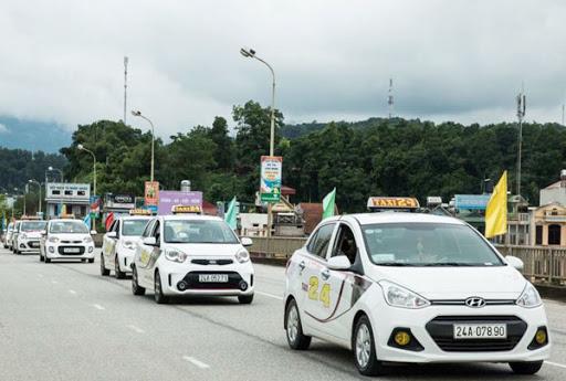 Lào Cai tạm dừng hoạt động xe taxi đi Hà Nội và ngược lại