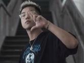 Nam rapper bị tố đốt sách vở học sinh trường Ams để quay MV là ai?