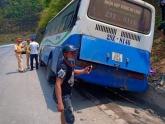 Xe chở cựu chiến binh mất phanh trên đèo Pha Đin, 4 người bị thương