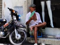 Sài Gòn nóng 35 độ C, cảnh báo nguy cơ cháy nổ