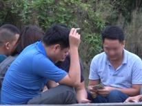 Video: Những chiếu bạc sát phạt công khai ở chùa Hương