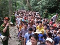 Hơn 5.500 người bảo vệ an ninh lễ dâng hương vua Hùng