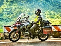 Trước khi đi phượt bằng xe máy, bạn cần trang bị những món đồ gì?