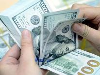 Ngân hàng đồng loạt nâng giá USD