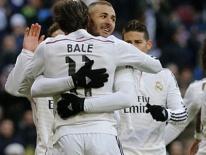 Real Madrid 4-1 Real Sociedad: 3 điểm ngày vắng CR7