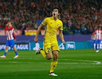 Đặng Văn Lâm cẩn thận: 'Siêu tiền đạo' của Iran từng ghi bàn vào lưới Neuer, Oblak theo cách 'dễ như ăn kẹo'