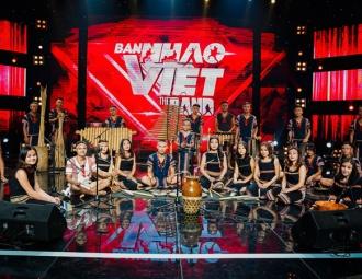 Màn trộn lẫn hit Lam Trường, Mỹ Tâm, Phương Vy khiến các giám khảo bàn tán sôi nổi
