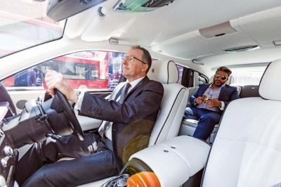 Công ty chuyên cho thuê siêu xe, xe sang tiết lộ 10 yêu cầu 'kỳ quặc' nhất của giới nhà giàu - 4