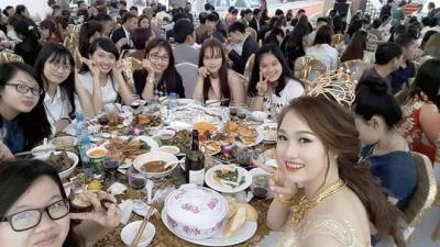Đám cưới tại lâu đài trăm tỷ, rước dâu bằng Rolls-Royce và máy bay: Nam Định xứng đáng đứng đầu về độ 'chịu chơi' tổ chức đám cưới - 16