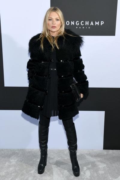 Người mẫu kiếm tiền nhiều nhất thế giới mặc đẹp với mốt giấu quần - 5