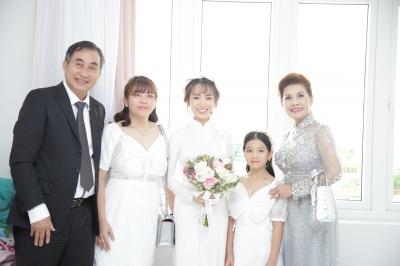 Con gái Minh Nhựa bất ngờ chia sẻ về mẹ chồng ngày đầu làm dâu, úp mở khi được hỏi 'Có phải cưới chạy bầu?' - 8