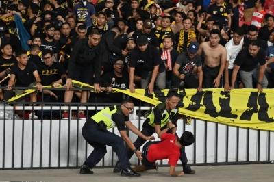 Malaysia gửi đơn khiếu nại, Indonesia có thể phải đá với Việt Nam trên sân không khán giả