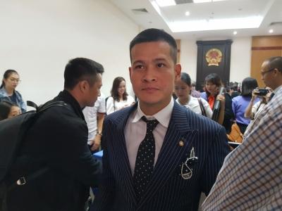 Hoãn phiên tòa vì đại diện Tuần Châu 'bị sốt virus', đạo diễn Việt Tú nói gì? - 1