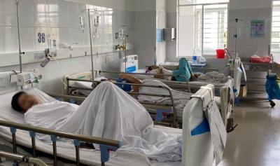 Đà Nẵng: 133 người nhập viện nghi do ăn đồ chay mua ở chợ
