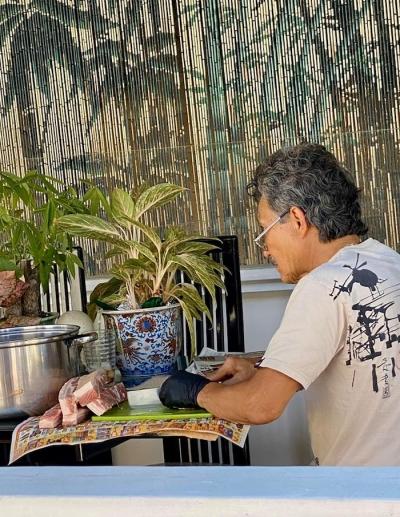 Cuộc sống giản dị, hạnh phúc của danh ca Hương Lan tại Mỹ trong những ngày nghỉ dịch COVID-19 - 4