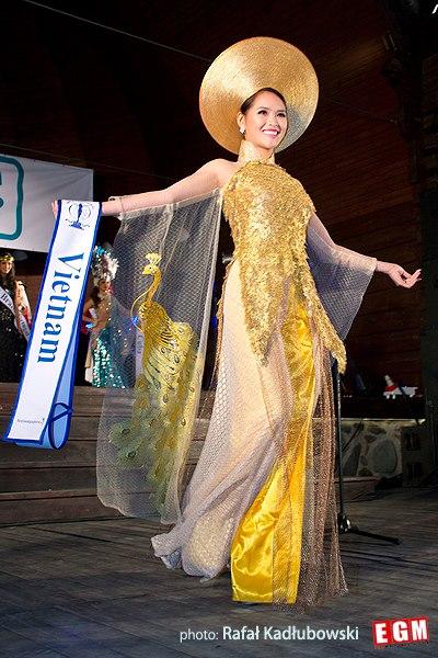 Hoa khôi Lại Hương Thảo: Từng bị chê tơi tả khi thi Miss World, trước lúc ly hôn có cuộc sống cực sang chảnh bên đại gia - 1