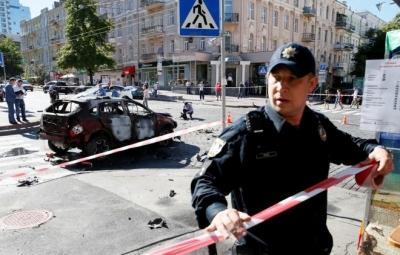 Người đàn ông mang bom cướp xe buýt, đang bắt 20 con tin ở Ukraine