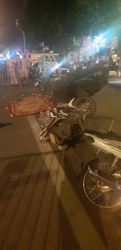 Hà Nội: Bị nhóm quái xế tông trúng lúc rạng sáng, nam thanh niên tử vong, tài xế beBike chấn thương nặng