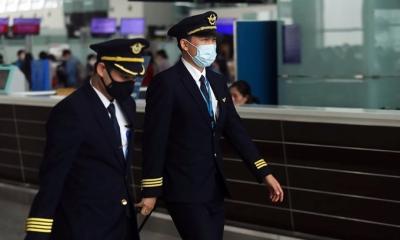 Thu nhập phi công, tiếp viên Vietnam Airlines giảm một nửa