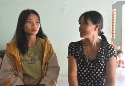 Nữ sinh mồ côi cha đạt 10 điểm môn Lịch sử ở Quảng Nam