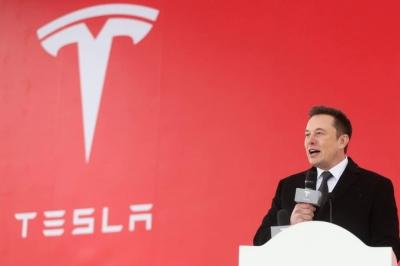 Nhà máy ôtô của Elon Musk bị tấn công mạng