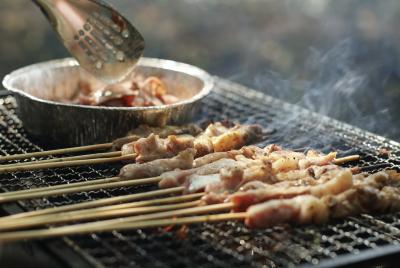 Mâm cơm KHÔNG NÊN xuất hiện món rau, món thịt, món cá này vì sẽ 'thu hút' ung thư dạ dày, bạn cũng cần ghi nhớ để tránh - 2