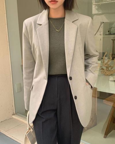 5 mẫu áo quá hợp để diện cùng blazer, bạn cần biết hết để không bao giờ thất bại trong chuyện mặc đẹp - 5