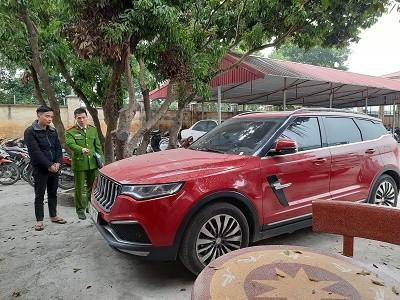 Bắt thêm đối tượng vụ nổ súng vào xe của 'thánh chửi' Dương Minh Tuyền - 1