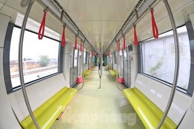 Nội thất hiện đại của tàu tuyến metro Nhổn - ga Hà Nội - 7